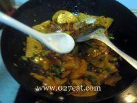 五花肉炒土豆片的做法第8步图片步骤 www.027eat.com