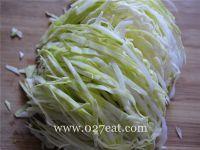 油激包菜的做法第2步图片步骤 www.027eat.com