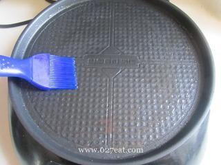 生煎莲藕饼的做法第5步图片步骤 www.027eat.com