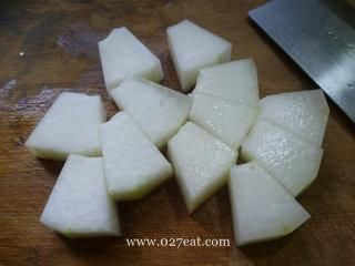 水笋烧冬瓜的做法第3步图片步骤 www.027eat.com