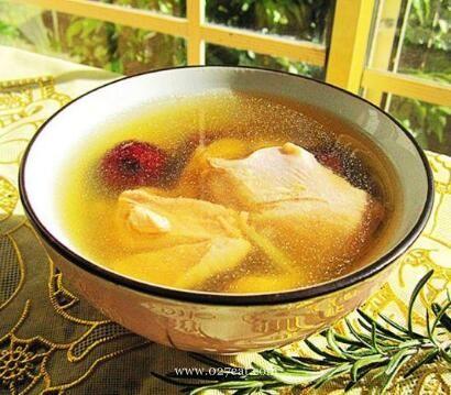 花旗参煲鸡汤的做法
