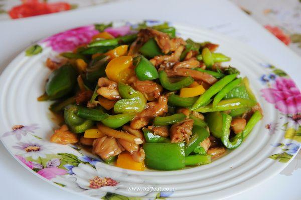 鸡肉炒鲜蔬的做法