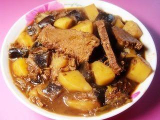 茄子土豆烧牛肉的做法第11步图片步骤 www.027eat.com