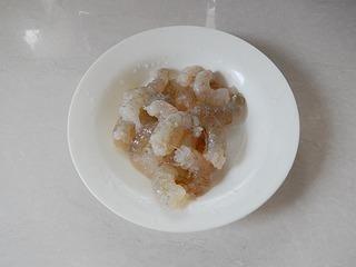 虾仁西兰花沙拉的做法第2步图片步骤 www.027eat.com