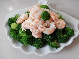 虾仁西兰花沙拉的做法第8步图片步骤 www.027eat.com