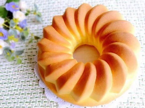 皇冠戚风蛋糕的做法的做法