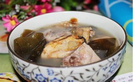 蚝豉海带猪骨汤的做法