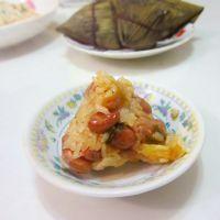猪肉糯米花生粽子的做法的做法