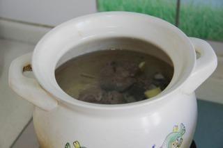 田园骨头汤的做法第5步图片步骤 www.027eat.com
