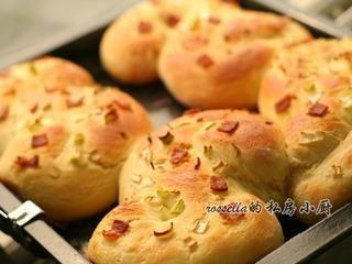 培根香葱早餐包的做法第4步图片步骤 www.027eat.com