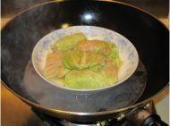 大白菜包肉的做法第8步图片步骤 www.027eat.com