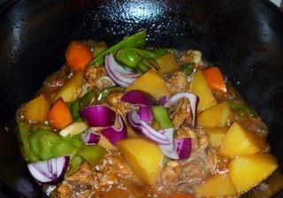 土豆豆角鸡块乱炖的做法第10步图片步骤 www.027eat.com