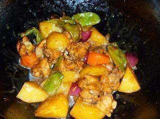土豆豆角鸡块乱炖的做法第11步图片步骤 www.027eat.com